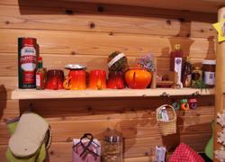 手作りのキッチン棚